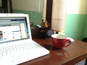 A computer, a coffee and Woody...